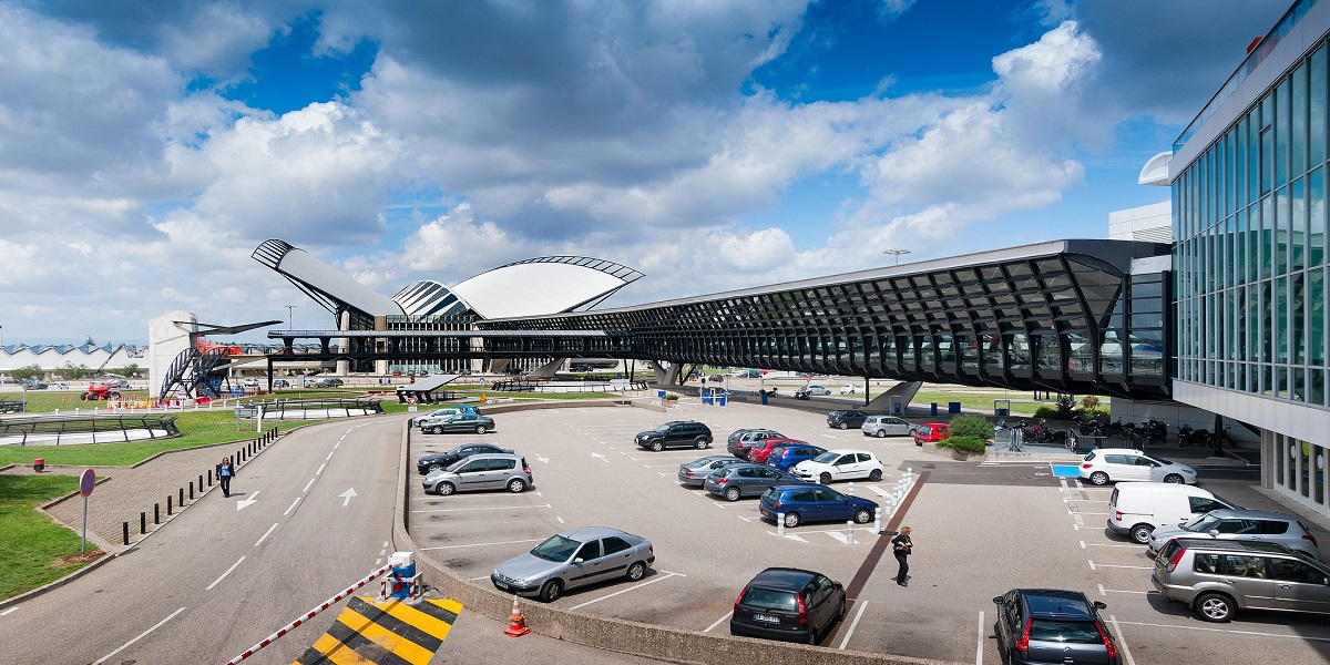 Аэропорт Лиона Сент-Экзюпери - Lyon-Saint Exupé(LYS)