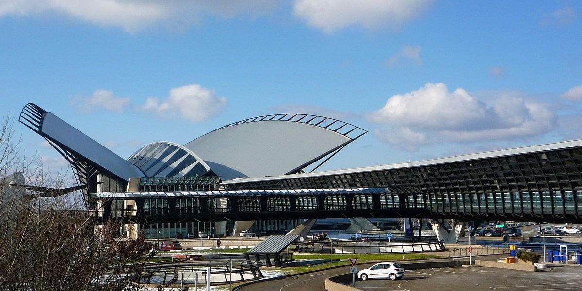 Добраться из аэропорта Лиона в Мерибель