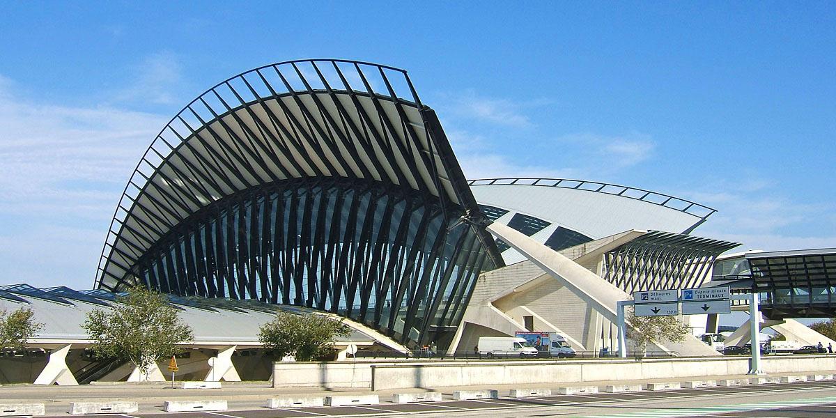 Добраться из аэропорта Лиона в Валь Торанс
