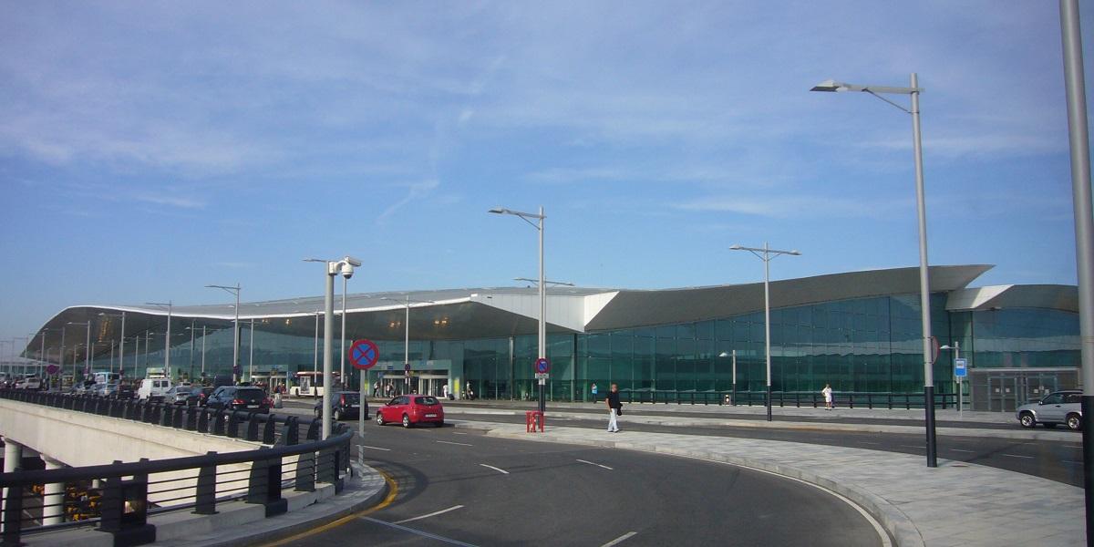 Добраться из аэропорта Барселоны в Камбрильс
