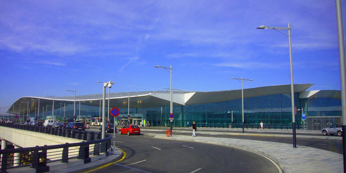 Добраться из аэропорта Барселоны в Салоу